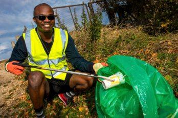 litter picking Chelmsford thumbnail