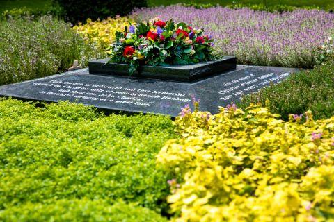 Hanbury Memorial Garden